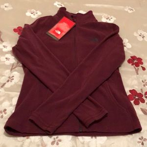 NWT North Face Home Stretch Fleecein Bordeaux Red